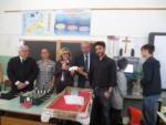 """I """"Maestri del Lavoro"""" premiano la classe 3^AM della Scuola Sec. I gr. di Montesicuro"""